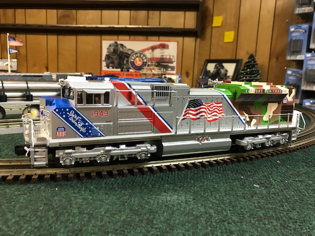 30-20520-1 Union Pacific SD70ACe with Matching Caboose w/3 0